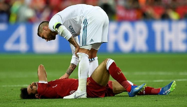 Sergio Ramos'a tepki mesajları! Sergio Ramos - Salah sakatlık anı (İZLE) (Sergio Ramos kimdir?)
