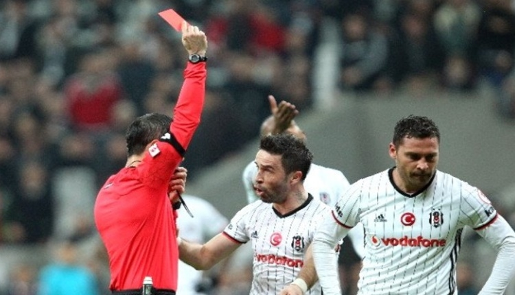 Süper Lig'de 9 maçta 9 kırmızı kart çıktı!
