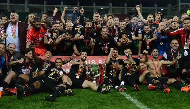 UEFA Şampiyonlar Ligi'nden Akhisar paylaşımı