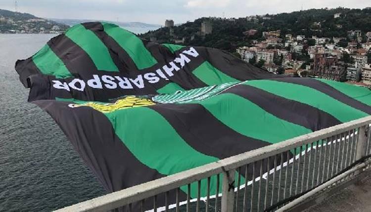 Akhisarspor bayrağı Boğaz Köprüsü'nde!