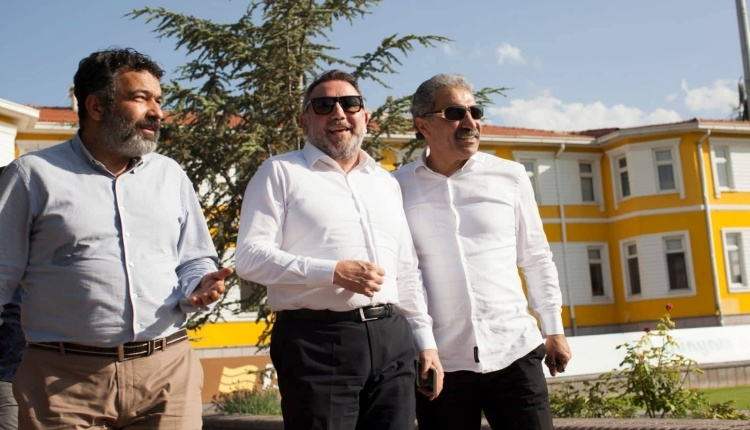 Boydak Holding Ceo'su Alpaslan Ertekin'den Kayserispor'a Ziyaret