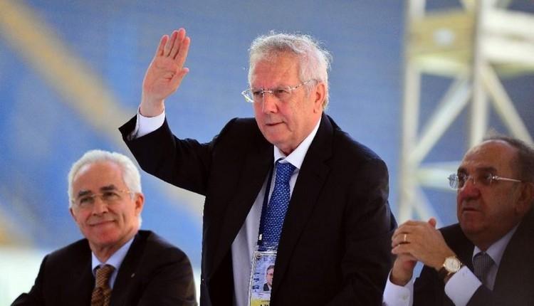 Fenerbahçe'de Aziz Yıldırım transfere ne kadar harcadı? (Aziz Yıldırım'ın çalıştığı teknik direktörler)