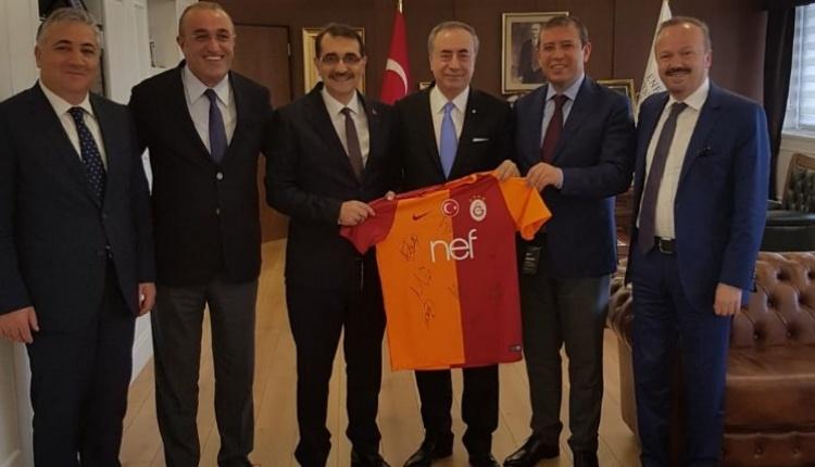Galatasaray yönetiminden Enerji Bakanı Fatih Dönmez'e ziyaret