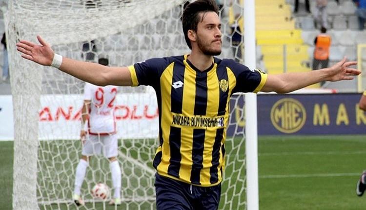 Beşiktaş, Umut Nayır ile el sıkıştı!