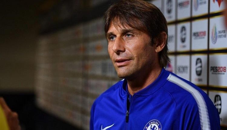 Chelsea'de Antonio Conte ile yollar ayrıldı