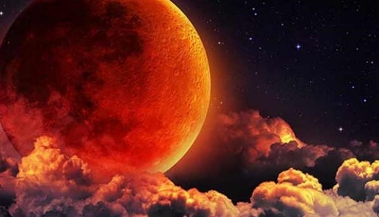 Mersin ay tutulması İZLE (Mersin kanlı ay tutulması saat kaçta?)