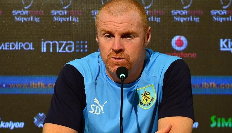 Burnley hocası Sean Dyche, Medipol Başakşehir maçı öncesinde konuştu: ''Zor olacak...''