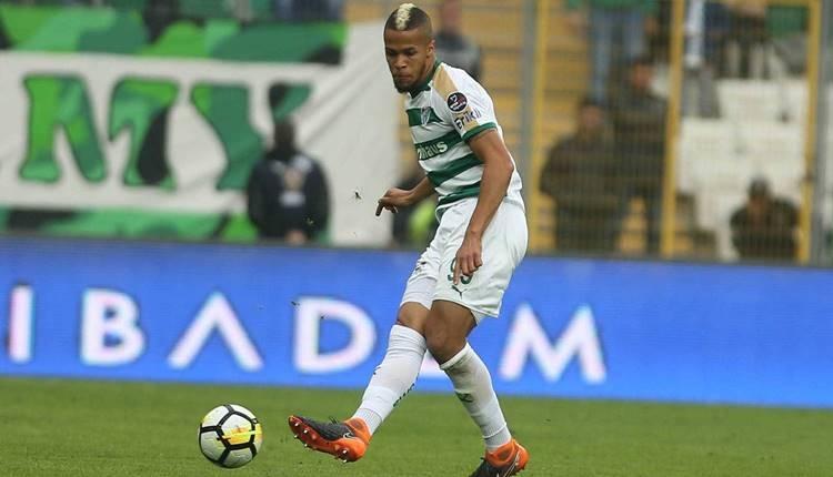 Bursaspor Troost-Ekong'u Udinese'ye sattı