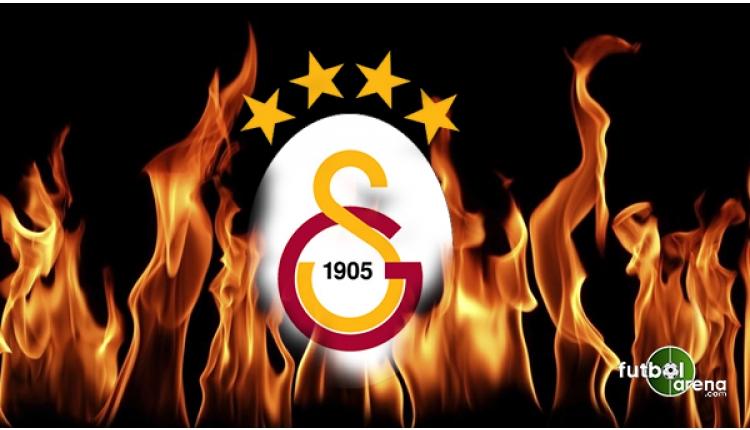 Galatasaray taraftarlarından Fenerbahçe'ye Emre Akbaba göndermesi