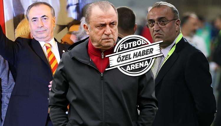 Galatasaray'da gece geç saatlerde transfer zirvesi