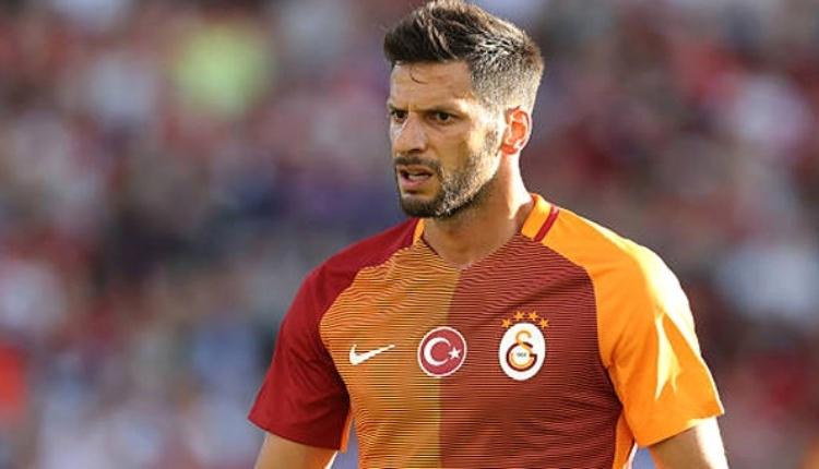 Galatasaraylı Hakan Balta futbolu bıraktı