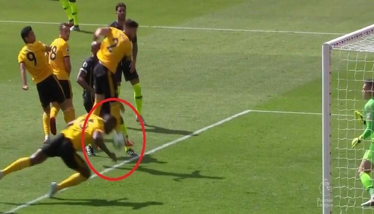 Premier Lig'de VAR tartışması yaratan olay gol