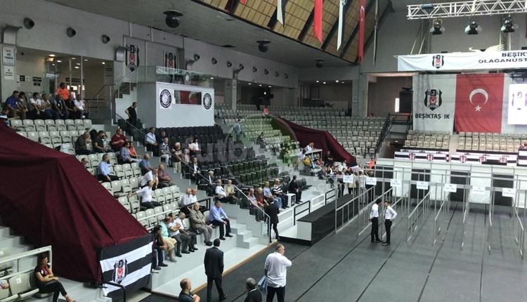 Beşiktaş Olağanüstü Genel Kurulu'nda oy verme işlemi başladı (CANLI)