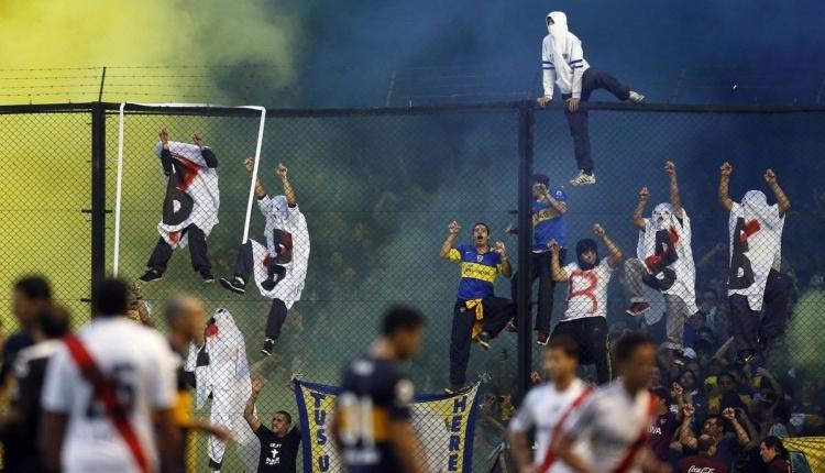 Boca Juniors - River Plate canlı şifresiz izle (Boca Juniors River Plate CANLI)