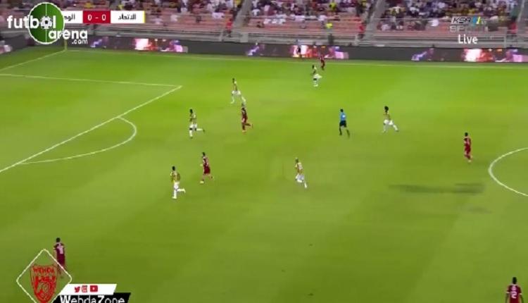Emre Çolak Cüneyt Çakır'ın yönettiği maçta gol attı İZLE