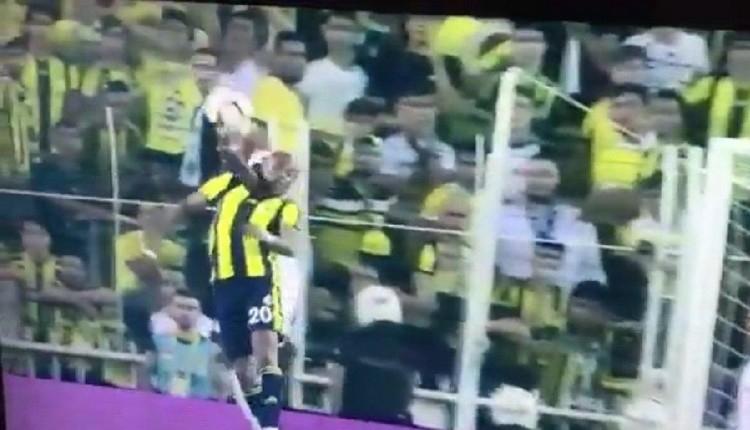 Fenerbahçe - Beşiktaş derbisinde Atiba'nın pozisyonu penaltı mı?