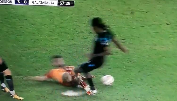 Galatasaraylı taraftarları çıldırtan pozisyon! Hugo Rodallega...