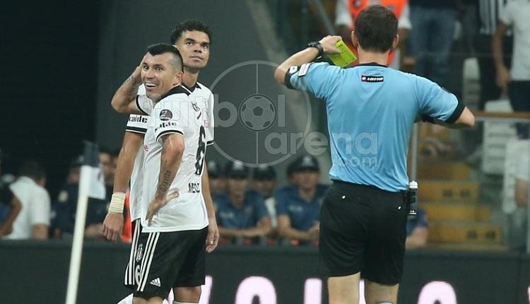 Gary Medel Fenerbahçe maçında cezalı