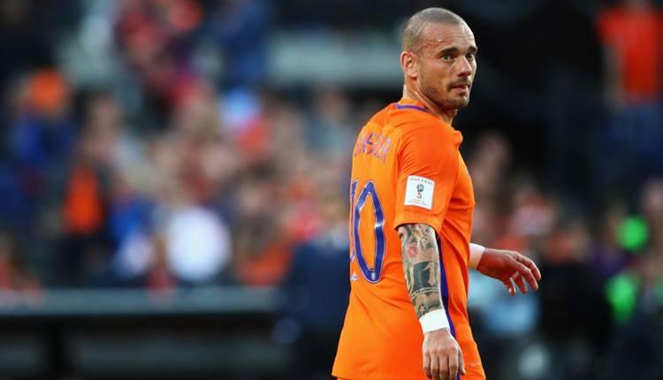 Hollanda - Peru maçı hangi kanalda? (Wesley Sneijder'in jübilesi canlı izle)