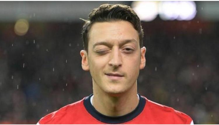 Mesut Özil, Arsenal forması ile 200. maçına çıktı