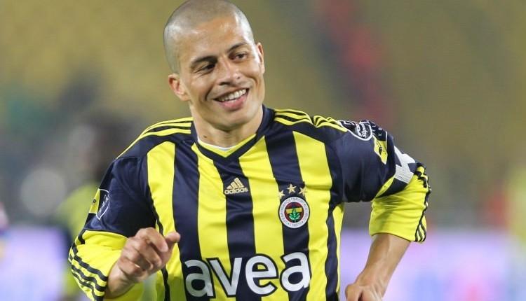 Okan Koç'tan Fenerbahçe için canlı yayında Alex çağrısı