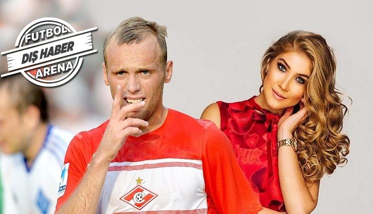 Spartak Moskova'da skandal! Kocasını maçtan önce banyoda bastı