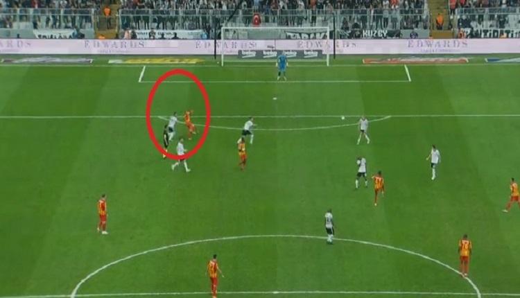 Umut Bulut'un Beşiktaş maçında hakem isyanı! O pozisyon