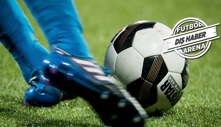 Ajax, PSV ve Feyenoord'dan suni çimin kaldırılması için tarihi öneri