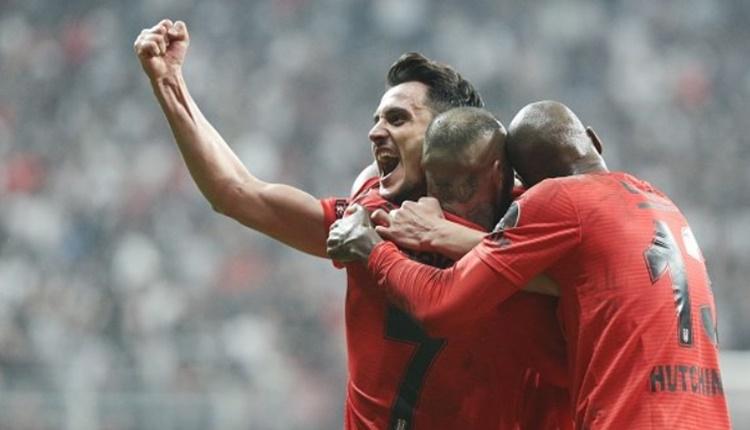 Beşiktaş - Çaykur Rizespor maçında maçın adamı Mustafa Pektemek