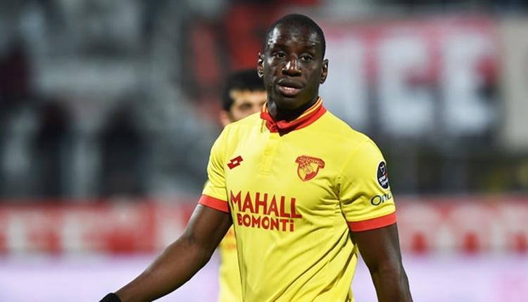 Demba Ba, Galatasaray maçına çıkmak istememiş