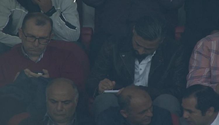 İlhan Mansız Sivasspor - Fenerbahçe maçında tribünde