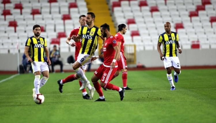 Spor Yazarı Oku: Sivasspor - Fenerbahçe maçı köşe yazıları