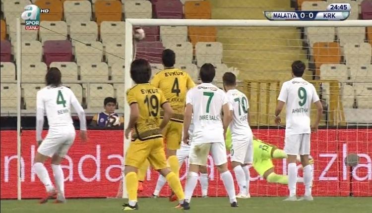 Yeni Malatyaspor - Kırklarelispor maçında inanılmaz olay! Filelere çarptı gol sayılmadı