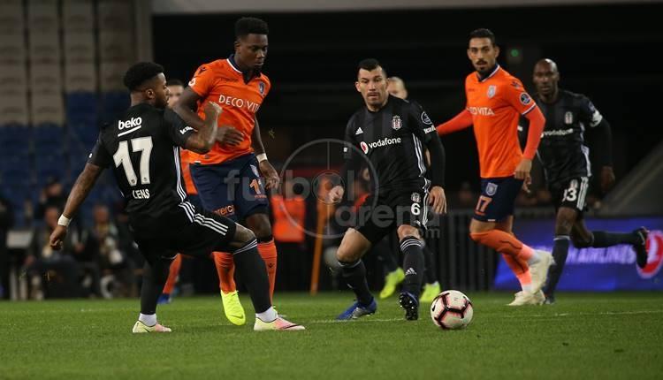 Spor Yazarı Oku: Başakşehir - Beşiktaş maçı köşe yazıları