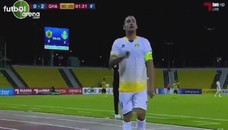 Sneijder önce son maçım dedi sonra Seviyorum diye konuştu