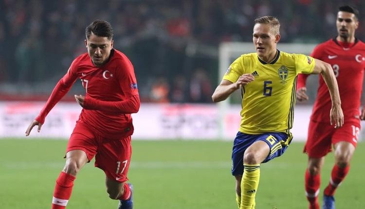 Türkiye - İsveç maçı köşe yazıları:
