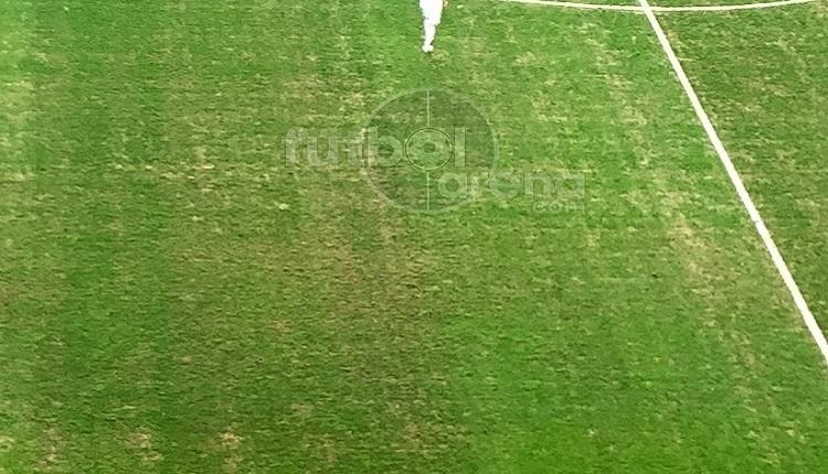 Antalyaspor - Fenerbahçe maçında tepki çeken zemin