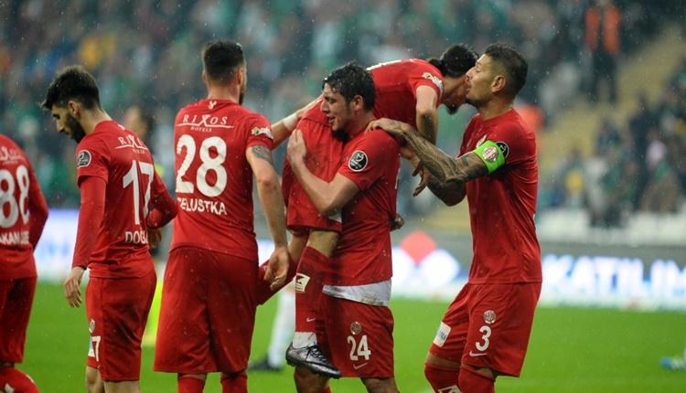 Bursaspor 0 - 2 Antalyaspor maçın özeti ve golleri (İZLE)