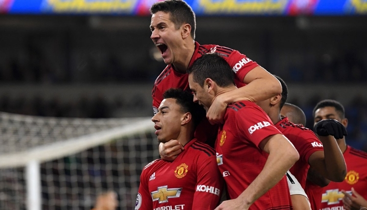 Cardiff City 1-5 Manchester United maç özeti ve golleri izle