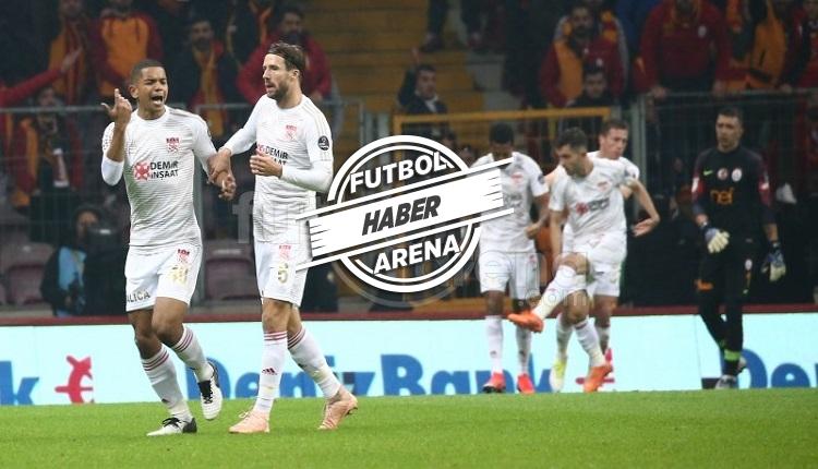 Robinho'nun Galatasaray'a golü sonrası yabancı madde atıldı