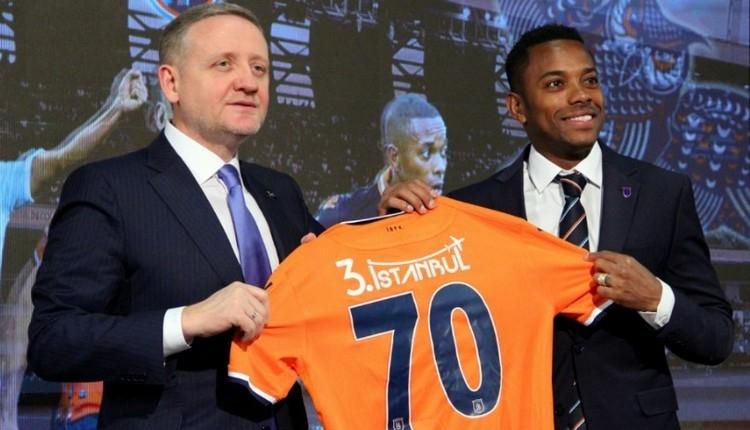 Başakşehir, Robinho ile sözleşme imzaladı