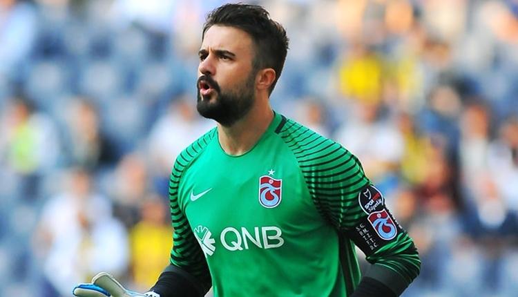 Onur Kıvrak futbolu bıraktı! Trabzonspor formasıyla veda etti