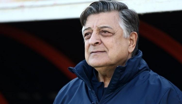 Akhisarspor, Yılmaz Vural ile anlaştı