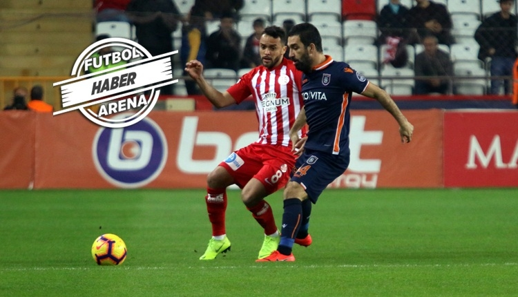 Arda Turan'dan Antalyaspor maçında örnek hareket