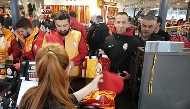 Galatasaray için gecenin tek tesellisi