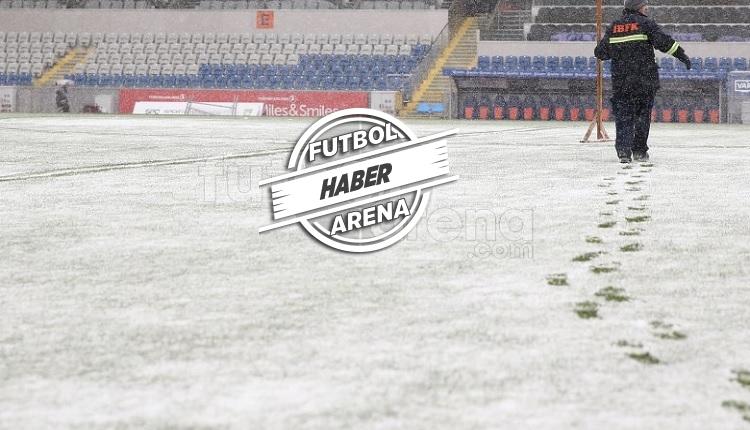 Medipol Başakşehir - Bursaspor maçı ertelendi!