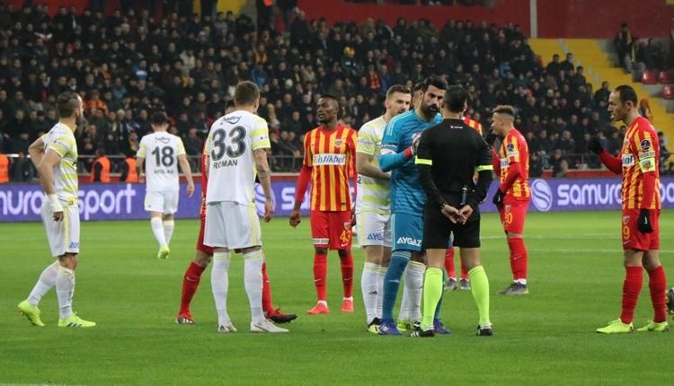 Soldado Fenerbahçe camiasından özür diledi!