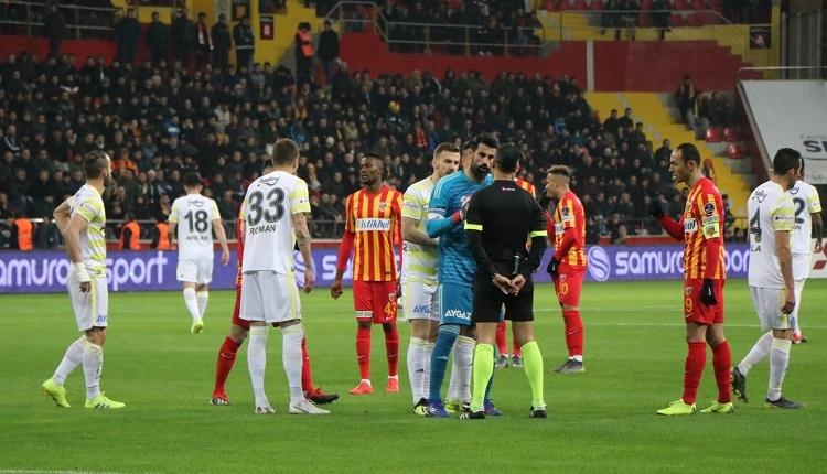 Soldado kaç maç ceza alacak? Soldado'nun Kayserispor maçındaki kırmızı kartı