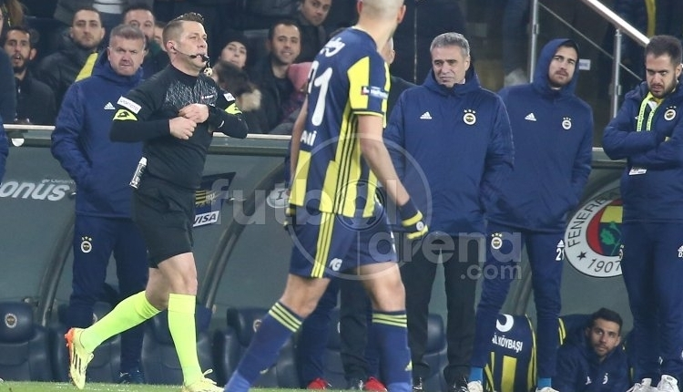 Spor yazarları Fenerbahçe - Konyaspor maçı için neler dedi?