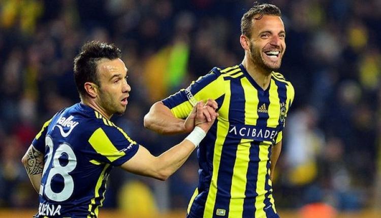 Fenerbahçe, Soldado ve Valbuena ile masaya oturuyor